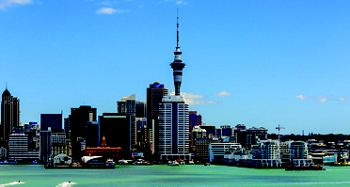 6005A - Melbourne a Auckland