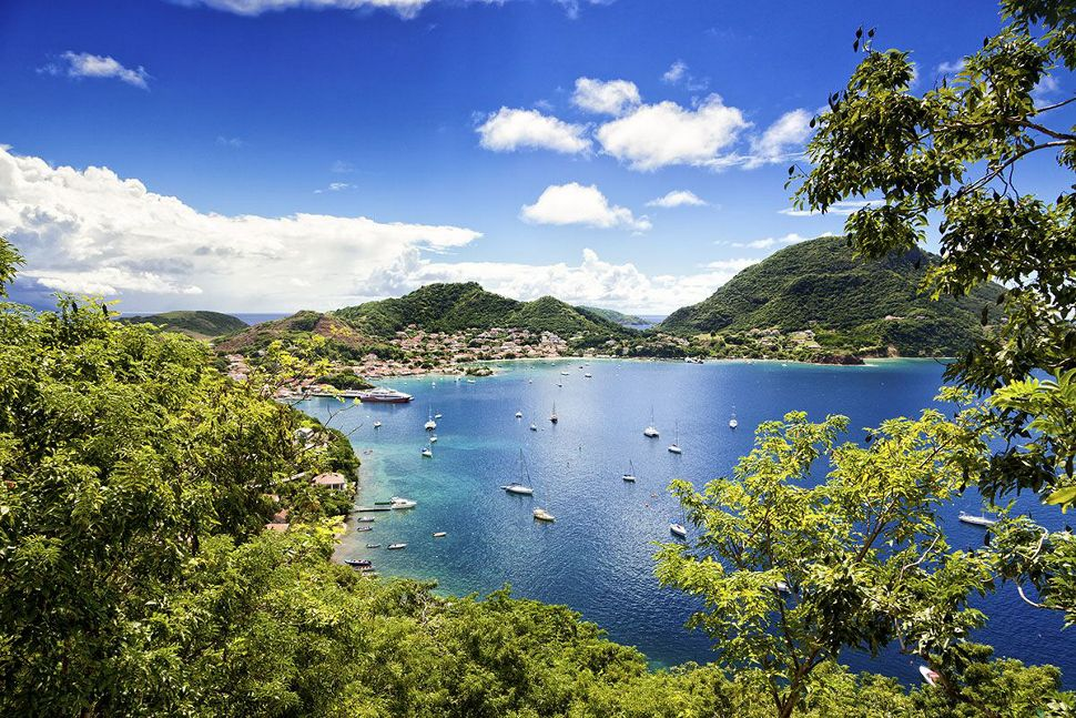 https://silversea-h.assetsadobe2.com/is/image/content/dam/silversea-com/destinations/caribbean-amp-central-america/silversea-caribbean-cruise-les-saintes-guadeloupe-french-indies.jpg?hei=970&wid=970&fit=constrain&fmt=pjpeg&pscan=5&qlt=80