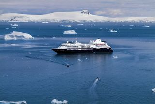 L1050419, Antarctica, Silversea, 12/2019, ANTARCTICA-10059  Silversea Final Select  Retouched_Morgan Shortell, Emily Rogers 02/19/2020