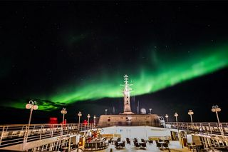 SILVERSEA EXPEDITION GUESTS TRAVEL DEEPER TO WITNESS INCREDIBLE AURORA BOREALIS DISPLAY