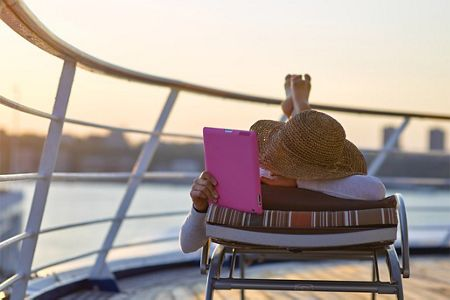 SILVERSEA ROLLS OUT UNLIMITED FREE WI-FI FOR ALL GUESTS