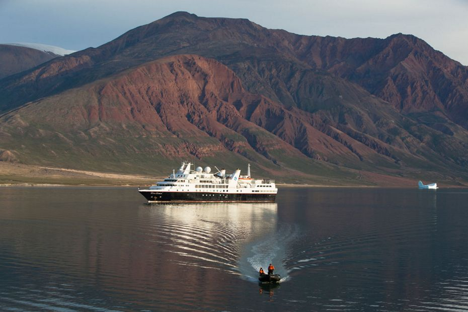 Silver Explorer in Scoresby Sound