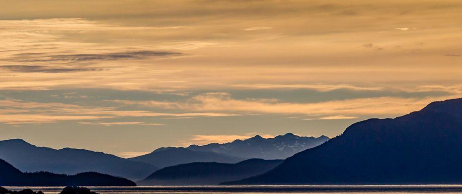 ELFIN COVE(Alaska)