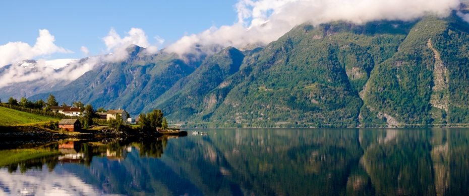Cruise Hardangerfjord