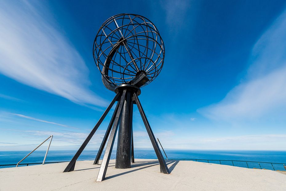 C5917 - Round NEUR North Cape + Baltic