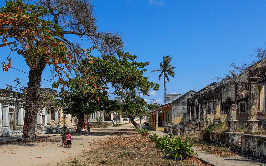 9827 - Zanzibar a Durban