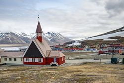 E4200630009 - Tromsø to Longyearbyen