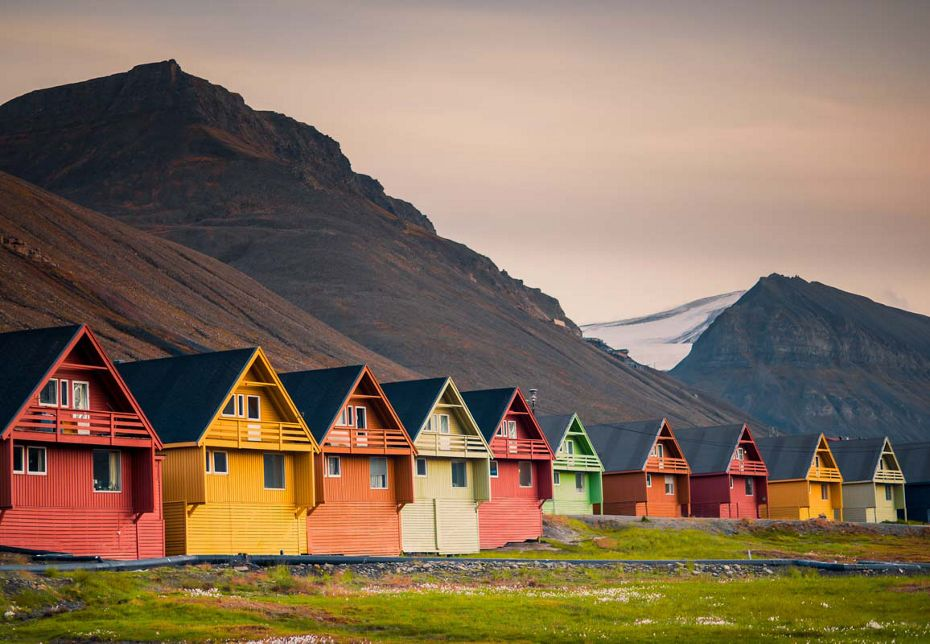 E4200709011 - Longyearbyen to Reykjavik