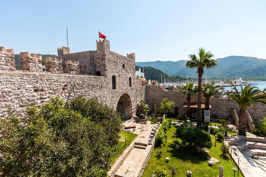 4813 - Piraeus to Piraeus