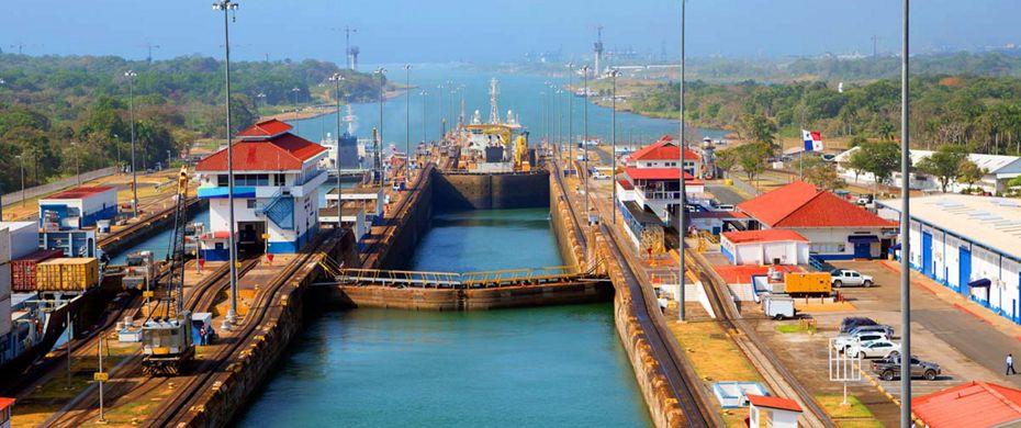 Silversea Luxury Cruises - Panama Canal transit