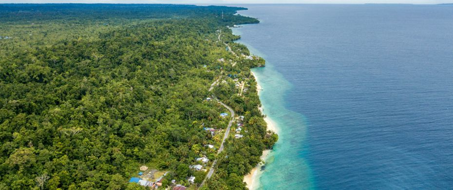 Silversea Luxury Cruises - Pulau Biak, Indonesia