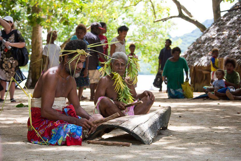 9812 - Honiara / Guadalcanal à Port Vila