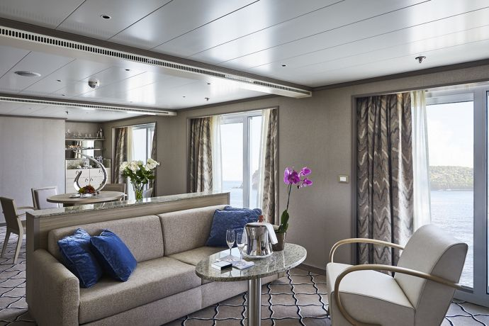 Silver Shadow - Owner's suite