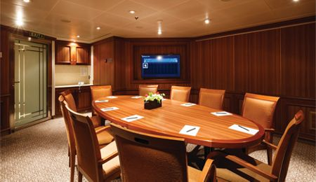 card room/conference room