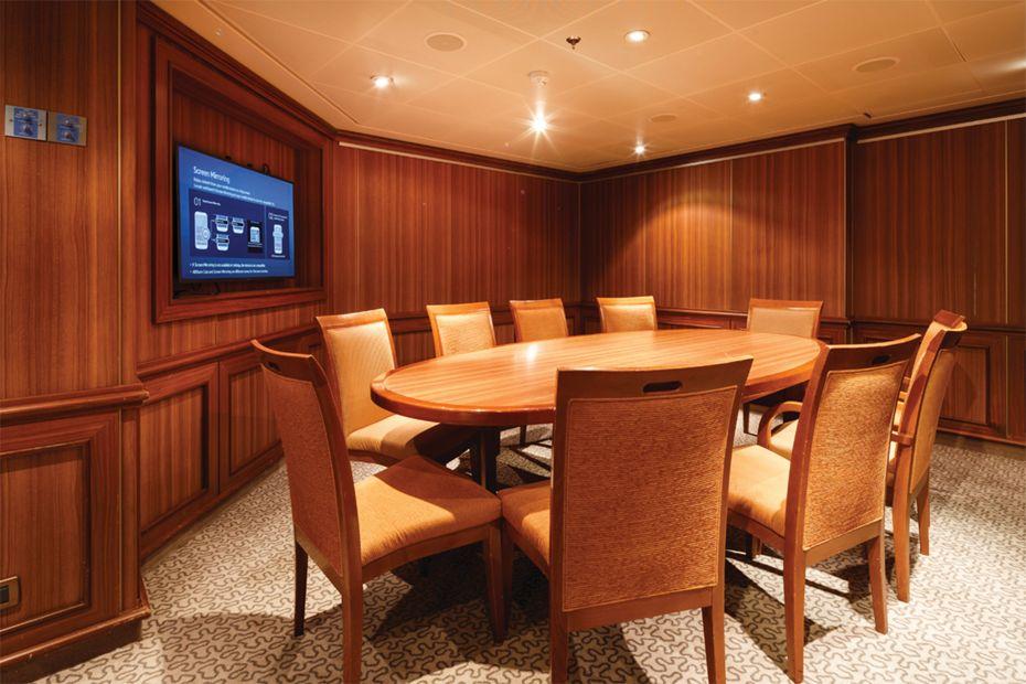 Silver Spirit - Car Room/ Conference Room
