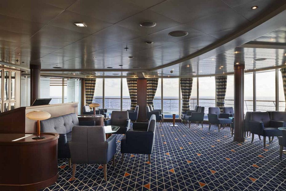 Silver Whisper - Observation Lounge