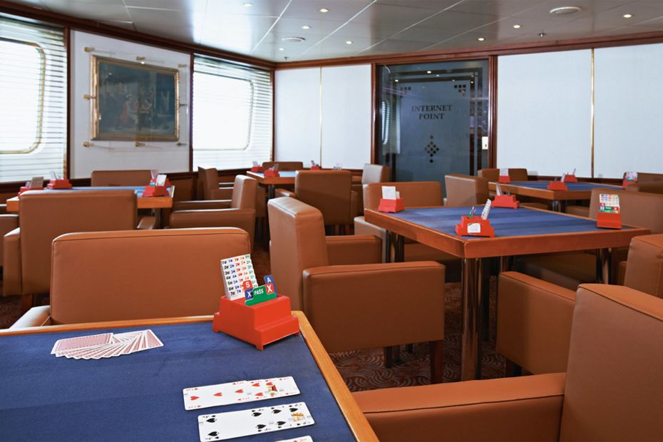 Silver Whisper - Card Room