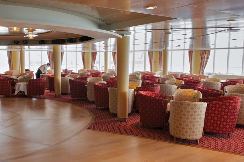 Silver Whisper - Panorama Lounge