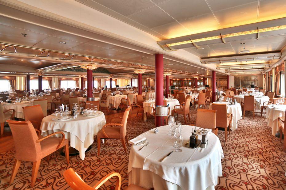 Silver Wind - The Restaurant